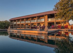 Pangolin Chobe Hotel