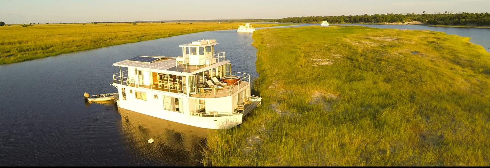 Chobe Princess houseboats and Kasane Airport Transfers