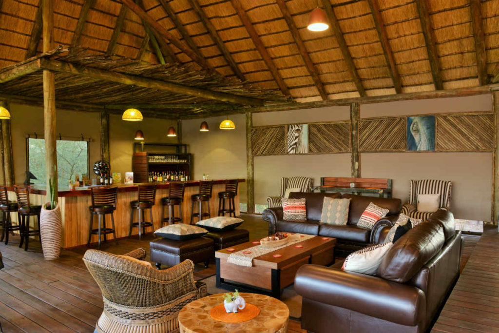 Jackalberry Chobe Lodge Lounge